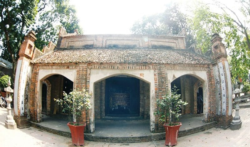 Chùa Bà Tấm là 1 trong những ngôi chùa bà nổi tiếng ở Hà Nội