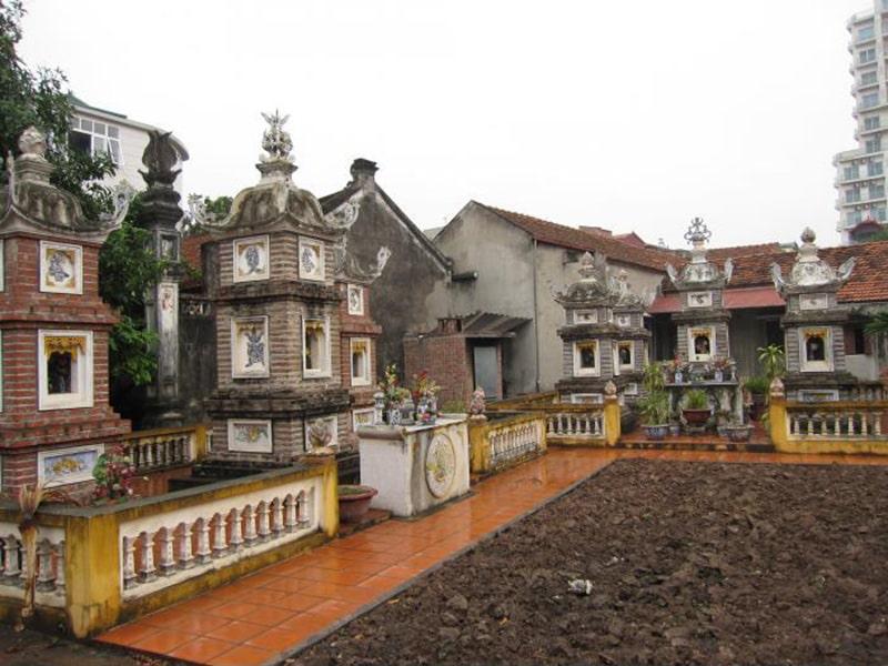 Chùa Châu Lâm hay chùa Bà Đanh nổi tiếng ở Hà Nội