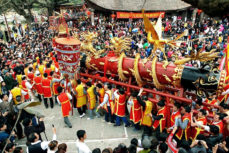 Các lễ hội dịp Tết Nguyên đán gần Hà Nộithu hút du khách nhất 3