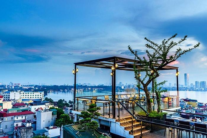 View từ sân thượng ở 6 Degrees Cafe Nghi Tàm