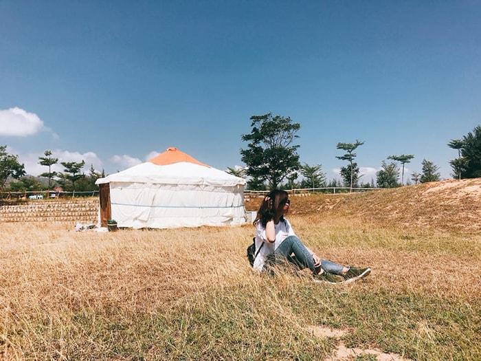 Làng Mông cỏ Tanyoli Ninh Thuận