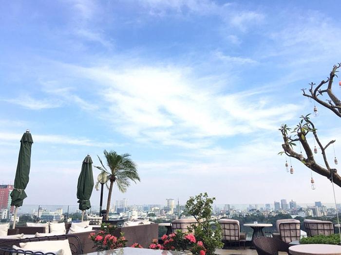 Không gian sân thưởng ở Skyline Hà Nội