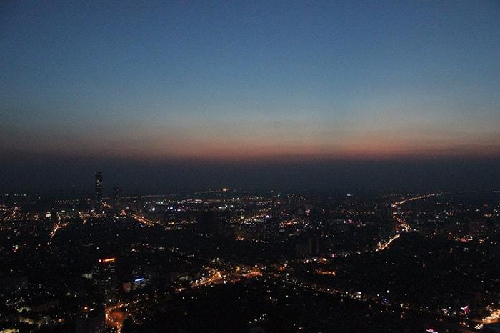 Toàn cảnh Hà Nội nhìn từ Top Of Hà Nội