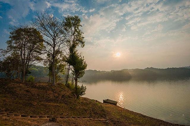 Hồ Pá Khoang ở Điện Biên
