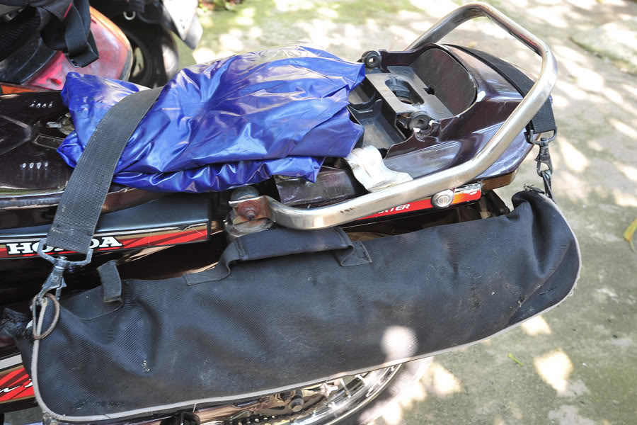 Kinh nghiệm đóng gói hành lý khi đi phượt xuyên Việt bằng xe máy