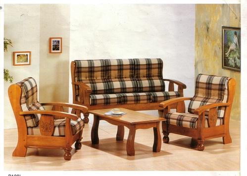 Sofa gỗ tự nhiên bọc nệm đơn giản