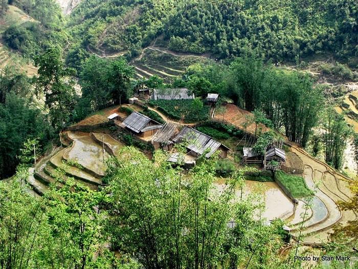 Bản Lao Chải nằm trong thung lũng Mường Hoa