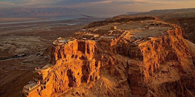 Masada- tàn tích của pháo đài người Do Thái giữa lòng Israel