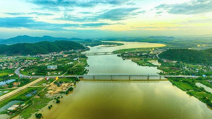 Sông Lam ở Nghệ An