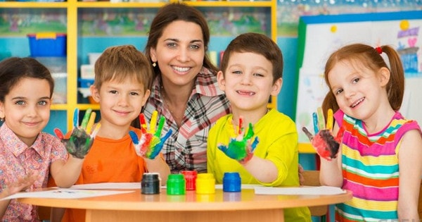 Áp lực không tên đối với giáo viên mầm non