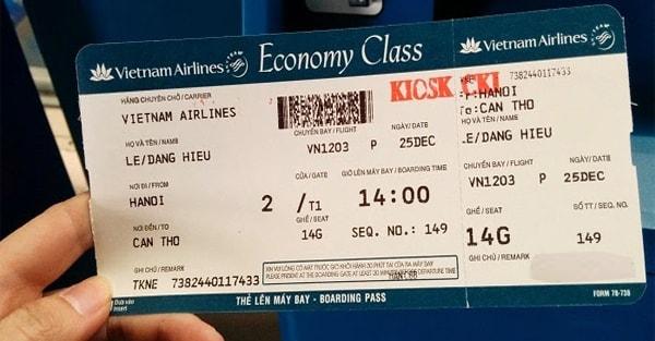 Bạn nhận thẻ lên máy bay (Boarding Pass) sau khi hoàn thành thủ tục check-in