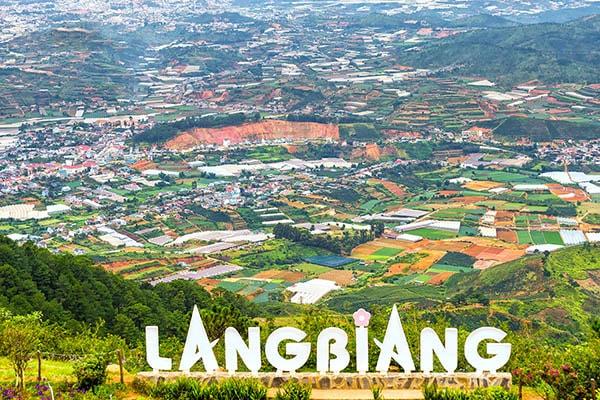 Cao nguyên Langbiang là địa điểm du lịch lý tưởng cho các cặp đôi