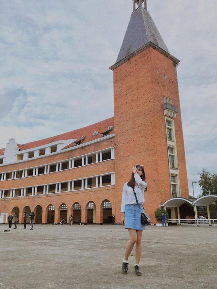 Cao đẳng sư phạm Đà Lạt là địa điểm chụp ảnh yêu thích của các bạn trẻ