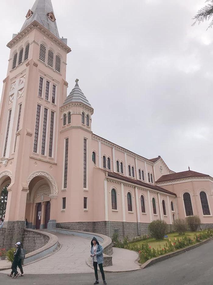 Nhà thờ Con Gà ở ĐÀ Lạt