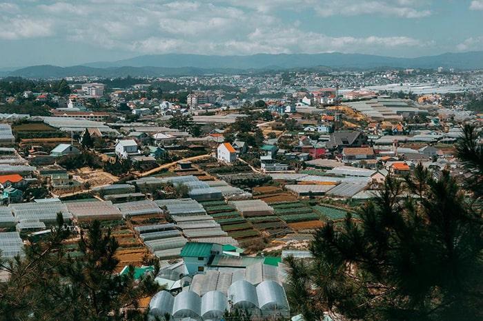 Đà Lạt là địa điểm du lịch rất nổi tiếng của tỉnh Lâm Đồng