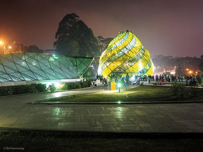 Quảng trường Lâm Viên về đêm