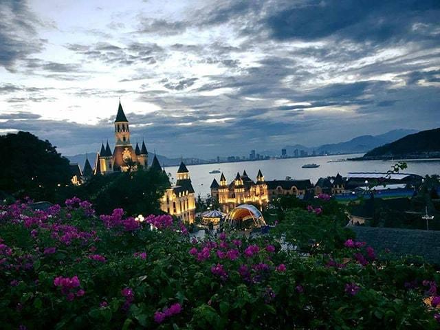 Vinpearl Land là 1 địa điểm rất nổi tiếng ở Nha Trang