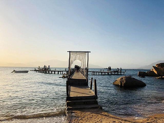 Cầu ở đảo Bình Hưng