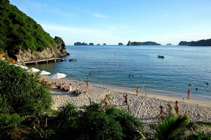Bãi tắm Cát Dừa 2 trên đảo Khỉ