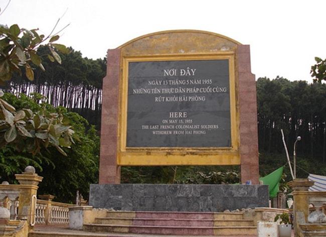 Khu di tích lịch sử bến Nghiêng, Hải Phòng