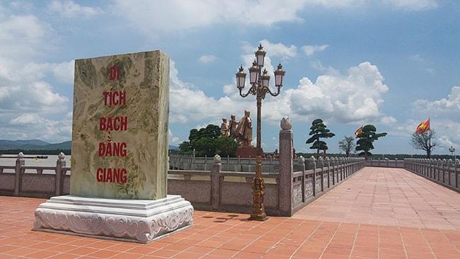 Di tích lịch sử Bạch Đằng Giang