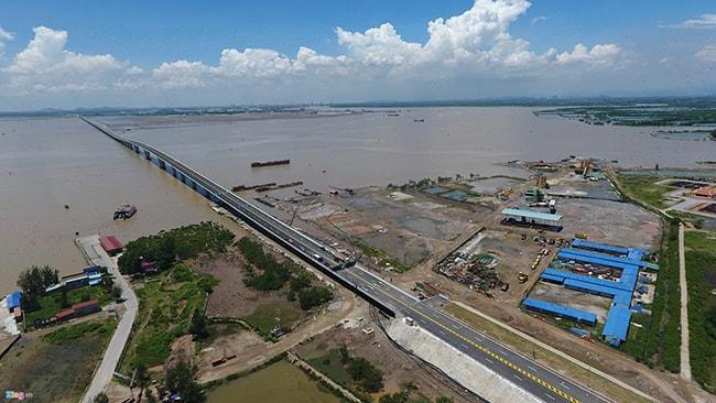 Đi du lịch Cát Bà bằng xe máy qua đường vượt biển Tân Vũ