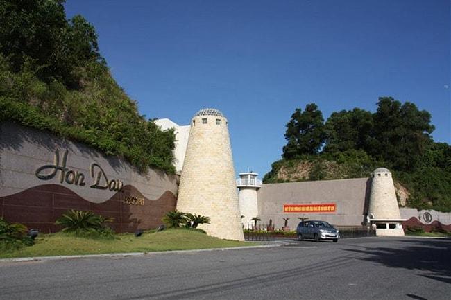 Khu du lịch Hòn Dáu Resort