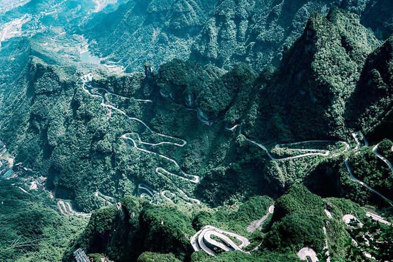 Đường lên cổng trời Thiên Môn Sơn