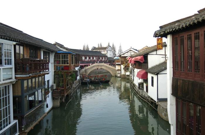 Khung cảnh yên bình ở thị trấn cổ Chu Gia Giác