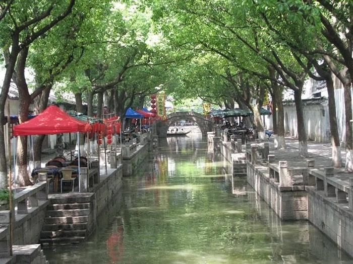 Khung cảnh 2 bên sông ở thị trấn cổ Đồng Lý, Giang Tô