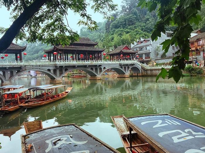 Phượng Hoàng cổ trấn mùa thu tuyệt đẹp