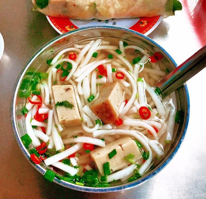 Đặc sản bánh canh chả cá Ninh Thuận
