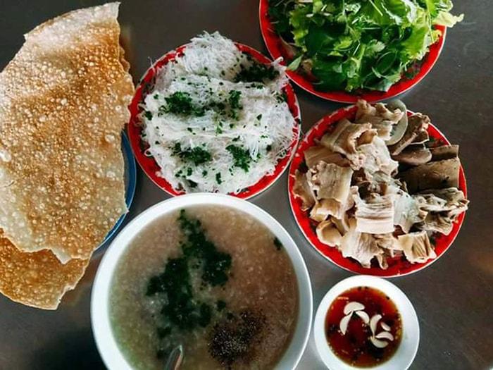 Đặc sản bánh hỏi lòng heo Ninh Thuận