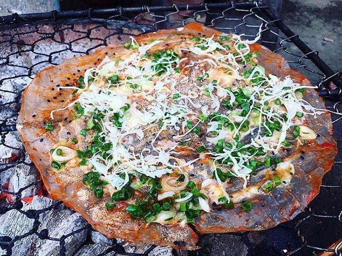 Bánh tráng nướng mắm ruốc Ninh Thuận