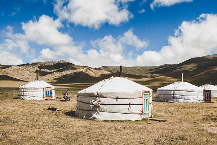 Những chiếc lều Mông cổ ở khu du lịch Tanyoli - Mũi Dinh