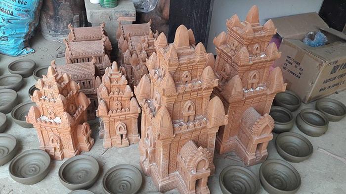 Những tác phẩm bằng gốm tinh xảo ở làng gốm Bàu Trúc