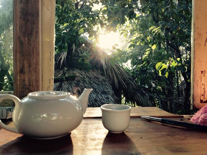 Một góc uống trà bên trong Củi Homestay Đà Lạt
