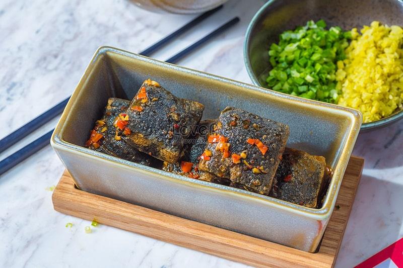 Đậu phụ thối là món ăn trứ danh lâu đời của người Trung Quốc