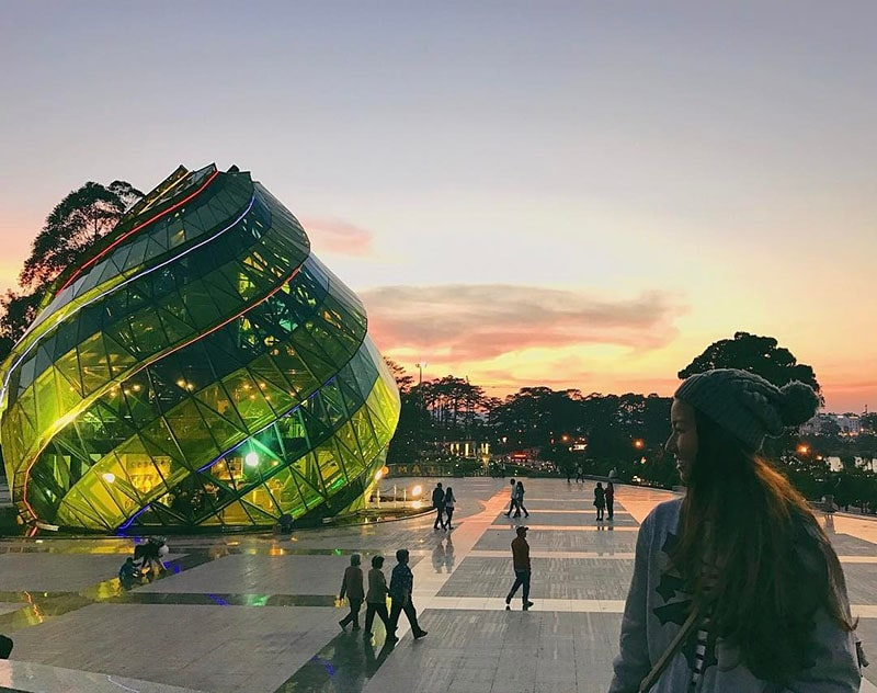 Quảng trường Lâm Viên – Địa điểm du lịch tại Đà Lạt nổi tiếng