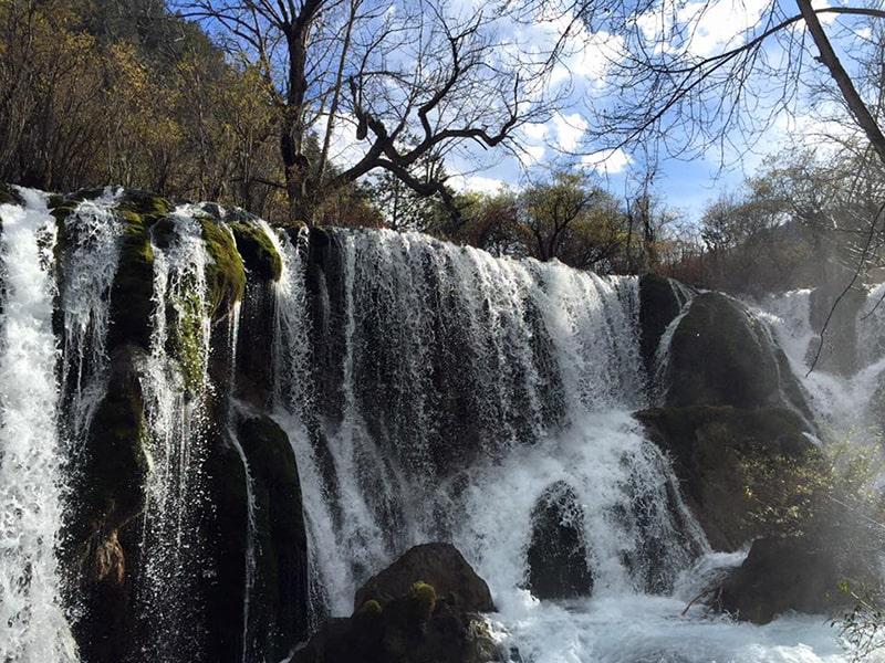 Thác Thụ Chính - Shuzheng waterfall (树正瀑布) là nơi quay bộ phim Tây Du Ký