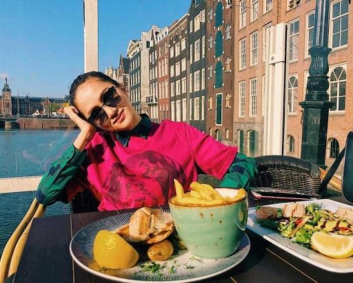 Du lịch niềm đam mê của Hương Giang