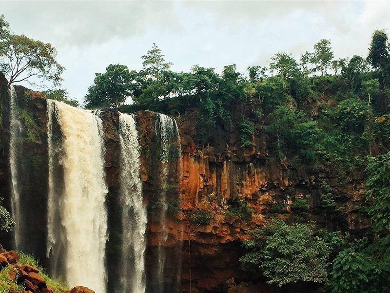 Thác Phú Cường là 1 địa điểm không thể bỏ qua khi đến Gia Lai