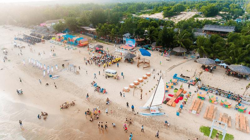 Coco Beach Bình Thuận có khu cắm trại và nhiều hoạt động khác cho giới trẻ