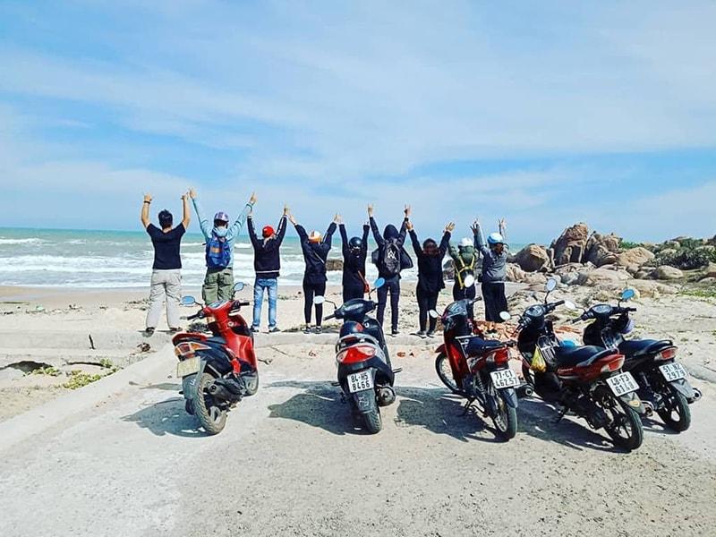 Đi phượt bằng xe máy đến biển LaGi Bình Thuận